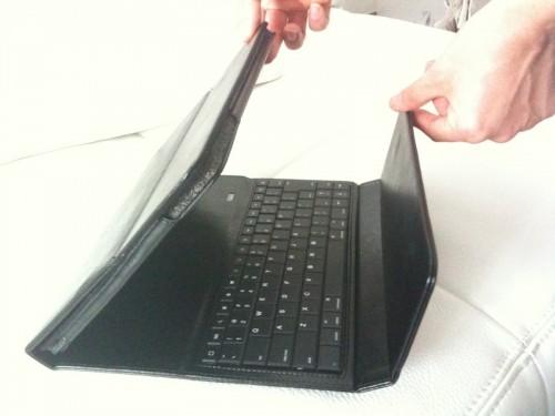 Custodia con keyboard